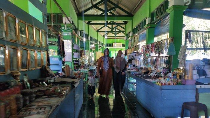 Objek Wisata Dibuka, UMKM di Lokasi Wisata Religi Mulai Menggeliat