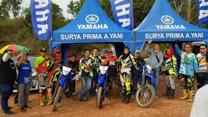 Ratusan Pengunjung Ramaikan Peluncuran Yamaha WR 155 R di MX Sirkuit, Desa Tungkaran, Banjar