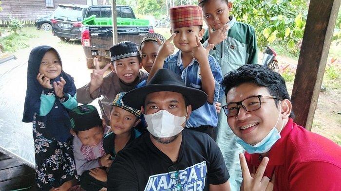 YBM PLN UPK Asam Asam beserta Manajemen Unit Pelaksana Pembangkitan Asam Asam mengunjungi langsung beberapa lokasi TPA (Tempat Pendidikan Al-Qur'an) yang berada dilingkungan sekitar PLN UPK Asam Asam.