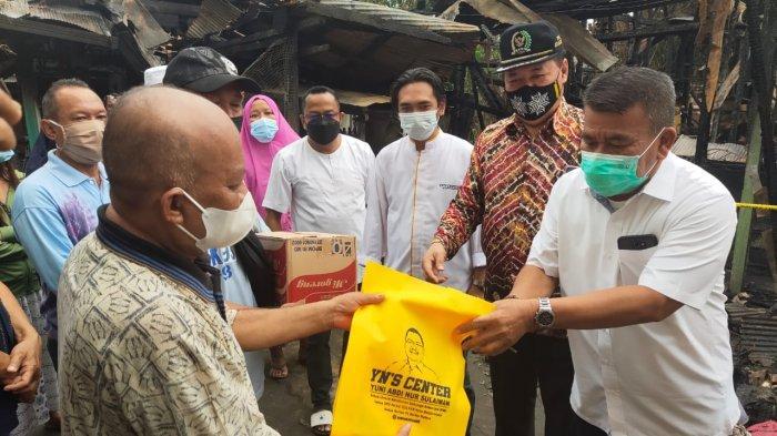 YN'S Center Salurkan Bantuan Untuk Korban Kebakaran di Gang Nuri Banjarmasin
