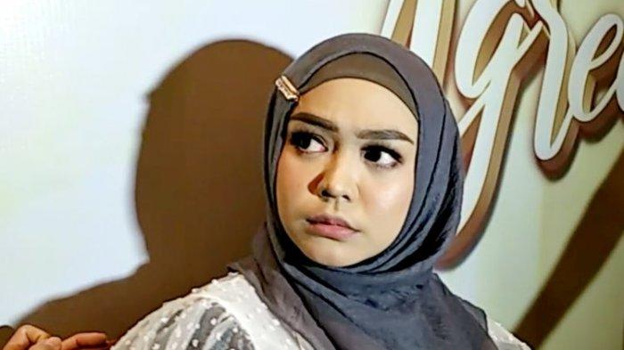 Ria Ricis Banjir Nyinyir Lagi, Imbas Foto Adik Oki Setiana Dewi Pamer Berbagi Saat Wabah Covid-19