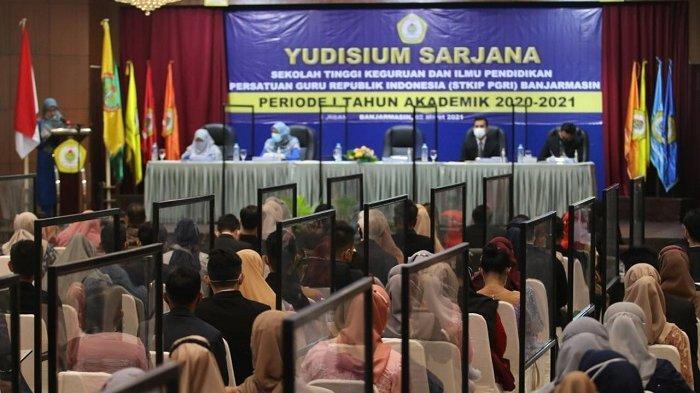 Gelar Yudisium 83 Sarjana, STKIP PGRI Banjarmasin Terapkan Protokol Kesehatan Ketat