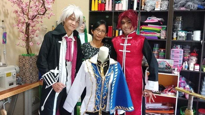 Berawal dari Otodidak, Yulia Kini Bisa Hasilkan 500 Kostum Cosplay