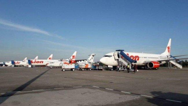 pesawat-lion-air-berjejer-di-bandara-hang-nadim-bata.jpg
