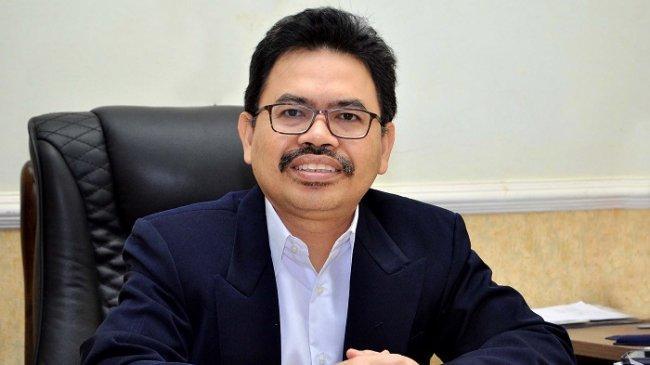 profesor-dr-h-mujiburrahman-ma-rektor-uin-antasari.jpg