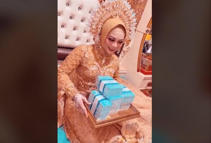 Irmawati, Wanita asal Sulawesi Selatan dilamar dengan mahar uang Rp 300 juta