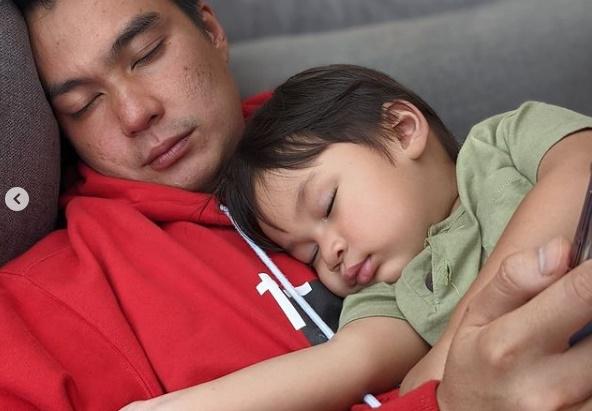 Kiano Tiger Wong tidur bersama Baim Wong