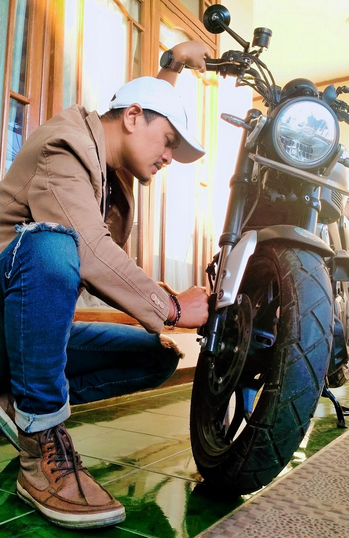 Perawatan Motor Sport oleh Konsumen di Rumah