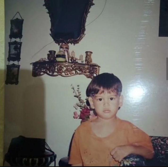 Foto masa kecil Rangga Azof