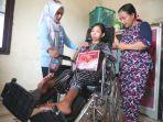 20191230diskominfo-ketua-t-n-kursi-roda-untuk-penyandang-disabilitas-fisik.jpg