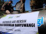 act-dan-masyarakat-relawan-indonesia-mri-lalu-mendistribusikan-air-bersih.jpg