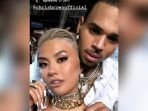 agnez-mo-chris-brown_20180620_100539.jpg