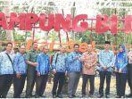 agrowisata-durian-di-jalan-pembangunan-desa-biih-karangintan-kabupaten-banjar.jpg