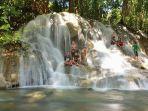 air-terjun-tayak-dusun-hampang-desa-puyun-kecamatan-halong.jpg