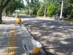 aksesori-bola-di-trotoar-kawasan-rth-rantau-baru-kota-rantau-kabupaten-tapin-kalsel-pecah.jpg