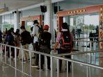 aktifitas-penumpang-peawat-di-bandara-tjilik-riwut-palangkaraya.jpg