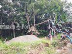 aktivitas-pencarian-batu-koral-dan-pasir-di-desa-teratau-kecamatan-jaro-kabupaten-tabalong.jpg