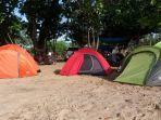 alat-camping-berupa-tenda-dan-lainnya.jpg