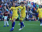 alvaro-morata-merayakan-gol-ross-barkley_20181028_235945.jpg