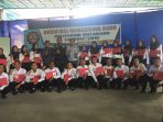 anggota-reskrimsus-polres-kotabaru-berfoto-bersama-mahasiswa-baru-poltek-kotabaru_20170823_073332.jpg