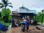 angin-kencang-di-desa-penggalaman-kecamatan-martapura-barat-sdfa.jpg