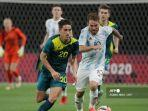 argentina-vs-australia-lachlan-wales-alexis-mac-allister-olimpiade-tokyo.jpg