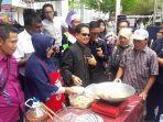 atraksi-ta-nou-yang-mengoreng-pisang-di-kuala-lumpur-malaysia_20170929_144613.jpg