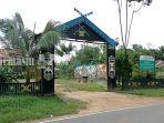 balai-adat-dayak-maanyan-di-desa-warukin-kabupaten-tabalong-selasa-22062021.jpg