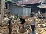 bangun-toilet-umum-di-desa-waki-kabupaten-batu-benawa-kabupaten-hst-kalsel-14022021.jpg