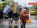 banjir-kalteng-bantaran-sungai-kahayan-kota-palangkaraya-sabtu-11092021.jpg