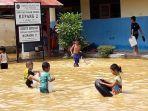 banjir-lagi-di-kelurahan-kupang-kecamatan-tapin-utara_20170327_114704.jpg