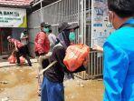 bantuan-pmii-banjarmasin-kepada-korban-banjir-desa-sungai-bangkal-sungai-tabuk-kabupaten-banjar.jpg