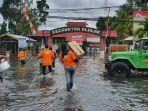 bantuan-pt-uni-charm-indonesia-tbk-warga-banjir-di-kecamatan-alalak-kabupaten-batola-kalsel.jpg