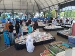 bazar-buku-di-lapangan-basket-dwi-dharma-rantau_20180906_104625.jpg