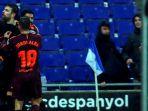 bek-fc-barcelona-gerard-pique-kedua-dari-kiri-merayakan-gol-yang-dia-cetak-ke-gawang-espanyol_20180209_082048.jpg
