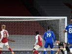 bernd-leno-arsenal-vs-everton-liga-inggris-premier-league.jpg