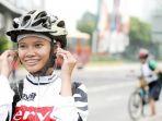bersepeda-gunakan-earphone_20170306_113303.jpg