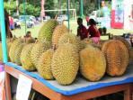 buah-durian-khas-candimulyo_20160305_095601.jpg
