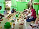 buka-puasa-di-masjid-agung-riyadus-shalihin-kota-barabai-kabupaten-hst-senin-10052021.jpg