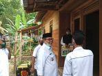 bupati-ansharuddin-meninjau-rumah-program-bsps-di-desa-guha-992020.jpg