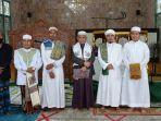 bupati-hulu-sungai-utara-h-abdul-wahid-hk-tengah-seusai-shalt-idul-fitri-di-mesjid-raya-at-taqwa.jpg