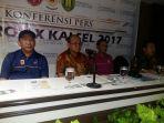 bupati-tabalong_20170916_180526.jpg