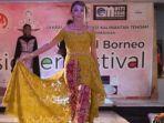 central-borneo-designer-festival-di-palangkaraya-dekrasnas-kalteng-sabtu-14112020-11-malam.jpg