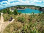danau-biru-pengaron_20160128_133713.jpg