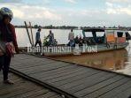 dermaga-penyeberangan-ferry-di-sungai-gamp_20180809_215809.jpg