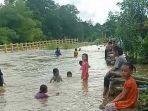 desa-jati-baru-astambul-juga-dikepung-banjir.jpg