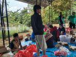 dinas-sosial-kota-banjarbaru-dapur-umum-untuk-korban-banjir-di-cempaka-sabtu-26122020.jpg