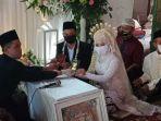 dokumentasi-pernikahan-ponari-dengan-aminatus-zuroh-di-rumah-mempelai-perempua1.jpg