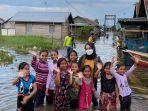 dr-sorayya-saat-bersama-para-korban-banjir-di-kawasan-kurau.jpg