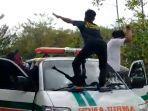 dugem-ambulan-kapuas.jpg